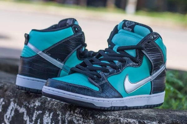 Nike Diamond Supply Tiffany Dunk